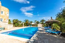 Apartment in Santanyi - Can Flores FLAT 2 » apartment in private villa with pool close to the beach