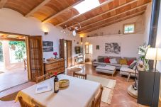 Country house in Santanyi - Can Blai Blai - country house with idyllic garden, views and swimming pool